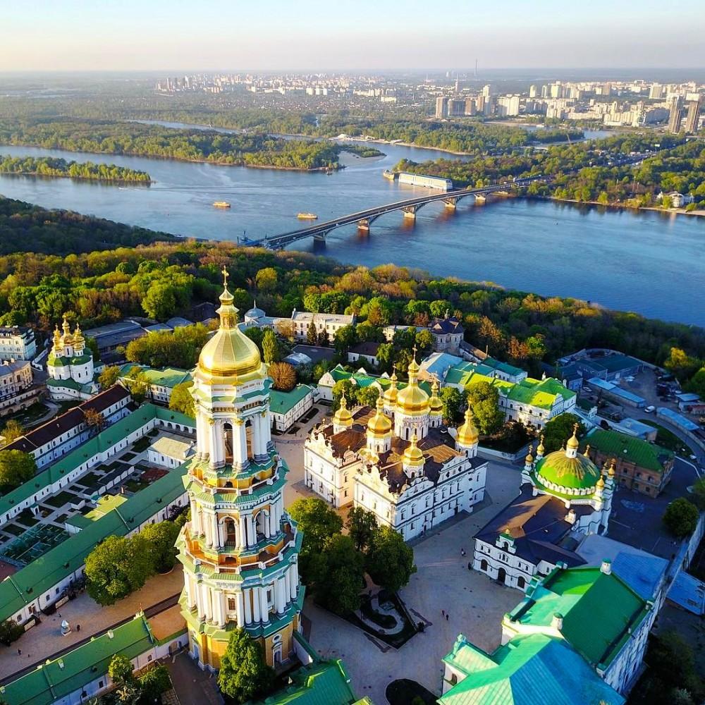 Туры выходного дня в Киев, хороший отдых в Украине по низким ценам и с выездом из Минска, Бобруйска, Жлобина и Гомеля.
