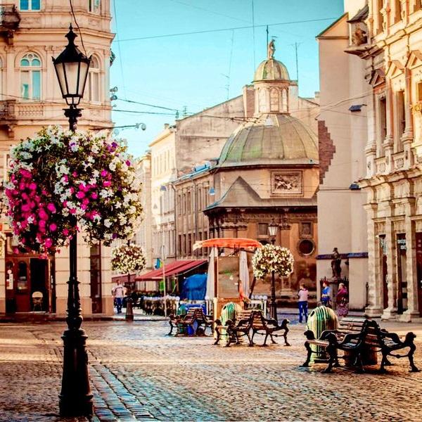 Туры выходного дня во Львов, хороший отдых в Украине по низким ценам и с выездом из Минска, Бобруйска, Жлобина и Гомеля.